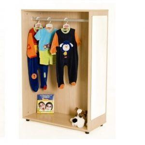 IATEMB602003-Mueble para disfraces-contra-pared-cerrado